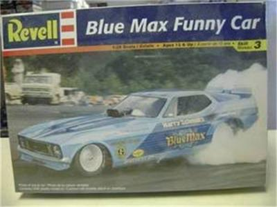 Revell 7661 Blue Max Funny Car model kit