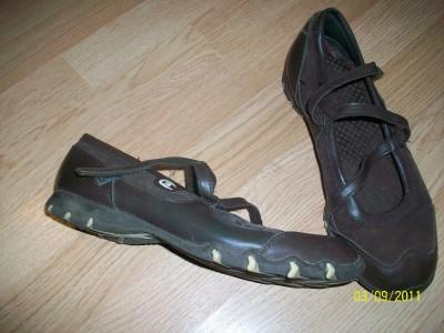 Womens Brown Tennis Shoes