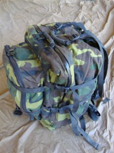 Navy seal army sf military surplus usia woodland camo backpack dive gear bag gi ebay - Navy seal dive gear ...