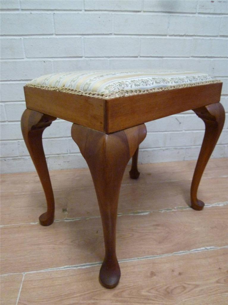 Elegant french provincial queen anne vanity stool ebay - Elegant vanity stools ...