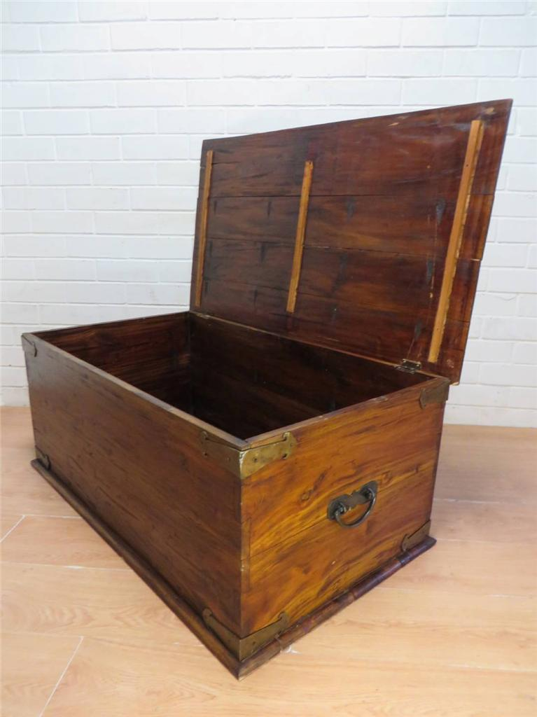 Large Period Rustic Solid Mahogany Storage Chest Trunk Coffee Table Ebay