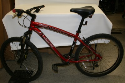 En 14766 Specialized http://www.ebay.com/itm/SPECIALIZED-HARDROCK-EN14766-17-MOUNTAIN-BIKE-5-6318-/300591146369