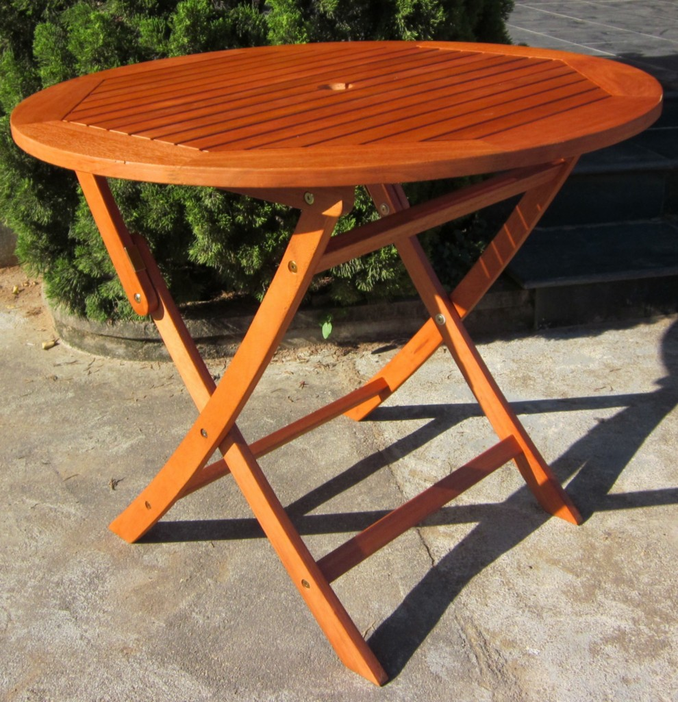 HARDWOOD WOODEN FOLDING ROUND GARDEN TABLE FOLDING WOOD CHAIRS GARDEN FURNIT