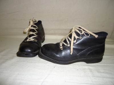 Alfa Leather Cross Country Ski Boots 3 Pin XC Size 39 EUR