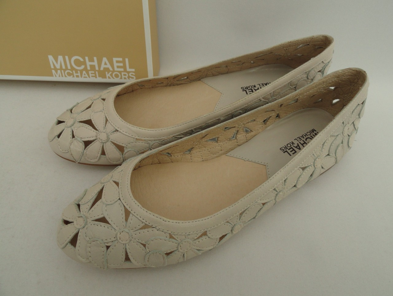 BN-Michael-Kors-White-Daisy-Leather-Flats-Shoes-UK4-6-7-EU37-39-40