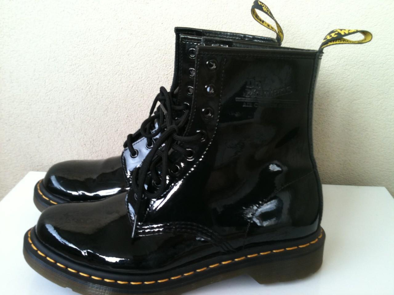 doc martens black patent leather laceup boots uk 7 au 9 ebay