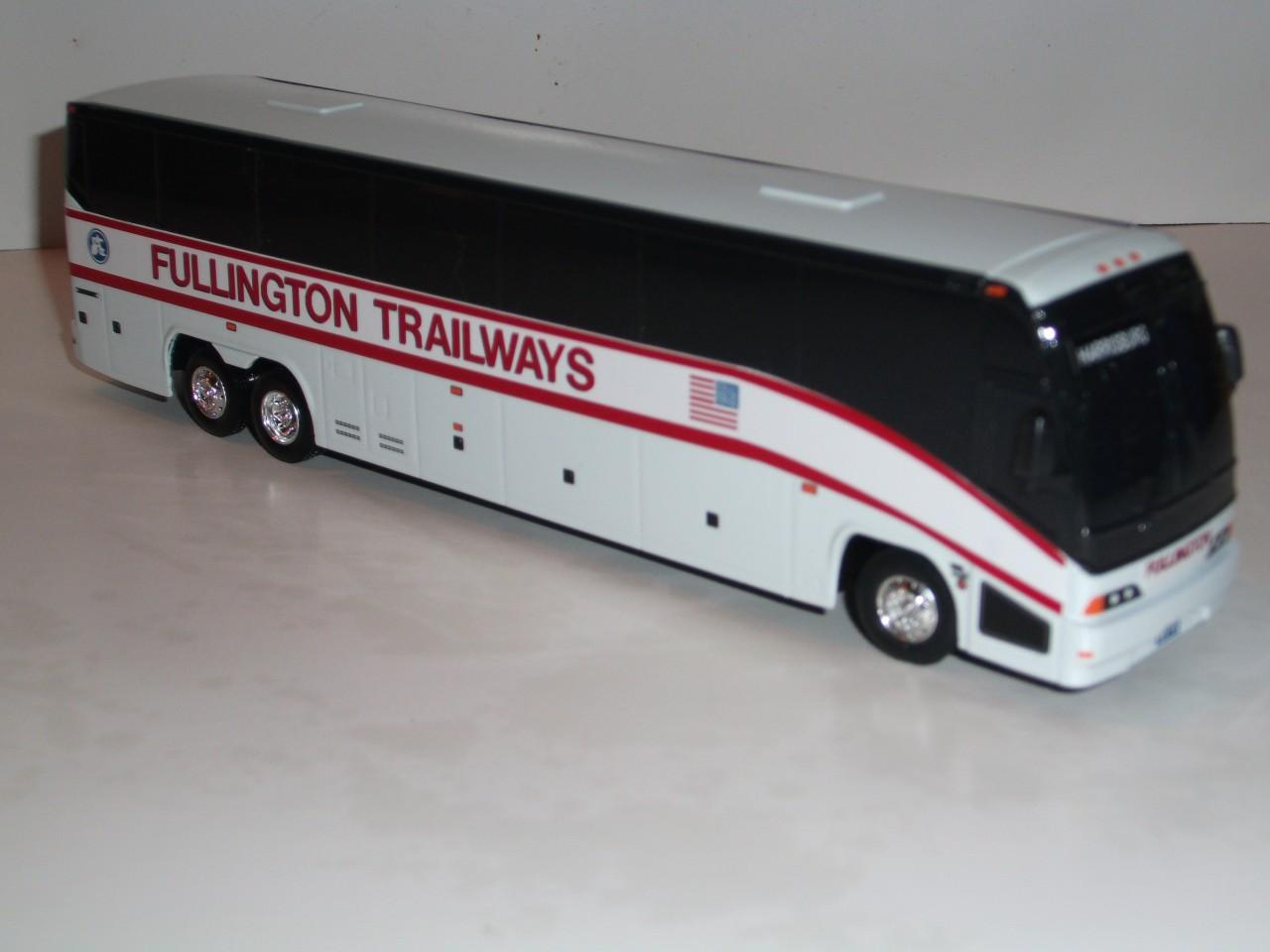 MCI E 1:64 DIECAST COLLECTOR BUS FULLINGTON TRAILWAYS | eBay