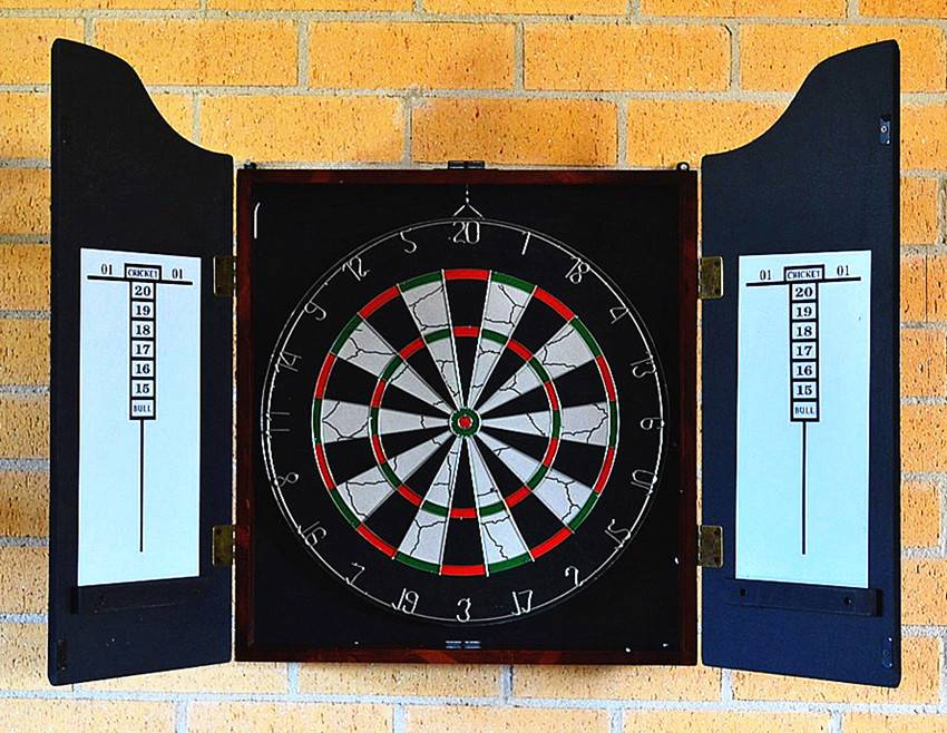 NEW-Lux-Wooden-Cabinet-Double-Sided-18-Dartboard-Free-6-Darts
