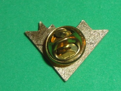 Die Cut Tour Hat Pin Badge Metal Enamel Rock Dennis DeYoung Rock Band