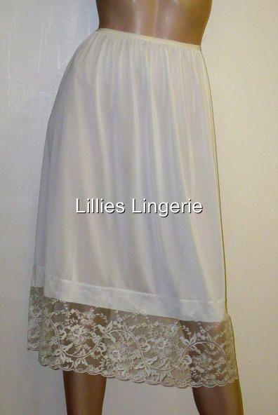 > Women's Clothing > Lingerie & Nightwear > Slips & Petticoats