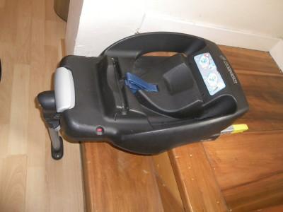 cambs maxi cosi easyfix isofix universal base car seat. Black Bedroom Furniture Sets. Home Design Ideas