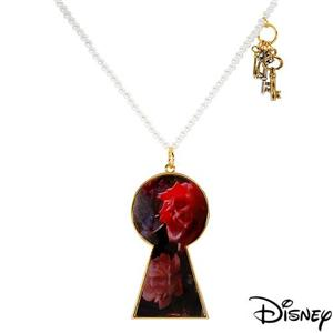 DISNEY COUTURE TOM BINNS ALICE KNIGHT CHESS PIECE NECKLACE**1 LEFT/BID