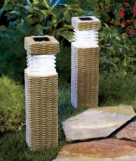 NEW Wireless Solar Outdoor Path Lighting Garden Pillars Woven