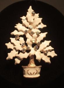 Rhinestones on a White Enamel Christmas Tree Pin   Lead Safe