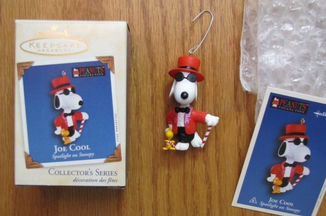 Snoopy joe cool christmas