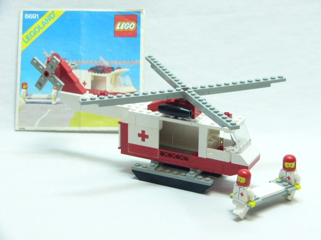 Lego 6691 Vintage Town City Red Cross Helicopter Complete With