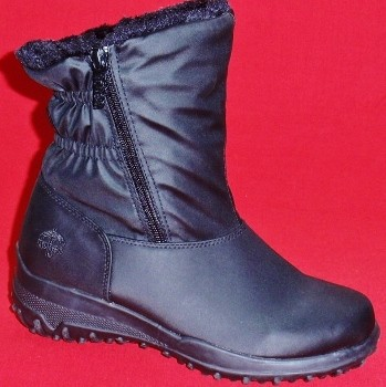 Totes Womens Winter Boots Snowflakes   Santa Barbara Institute