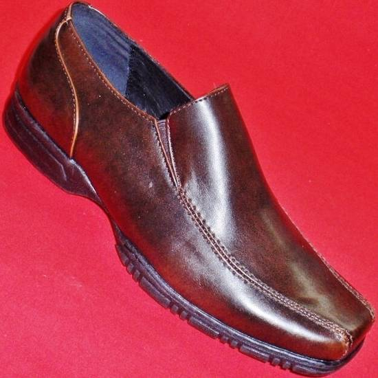 Mismatched New Men's Apt 9 Rob Tan Leather Slip on Shoes Left 9