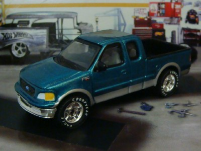 Details about 97 Ford F150 XLT Super Cab Pick-up 1/75 Scale Limited ...