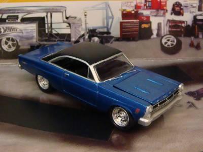 1967 67 ford fairlane 500 xl v 8 sport coupe 1 64 scale. Black Bedroom Furniture Sets. Home Design Ideas