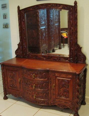 Antique bedroom set spanish baroque 10 piece furniture set for Bedroom furniture in spanish