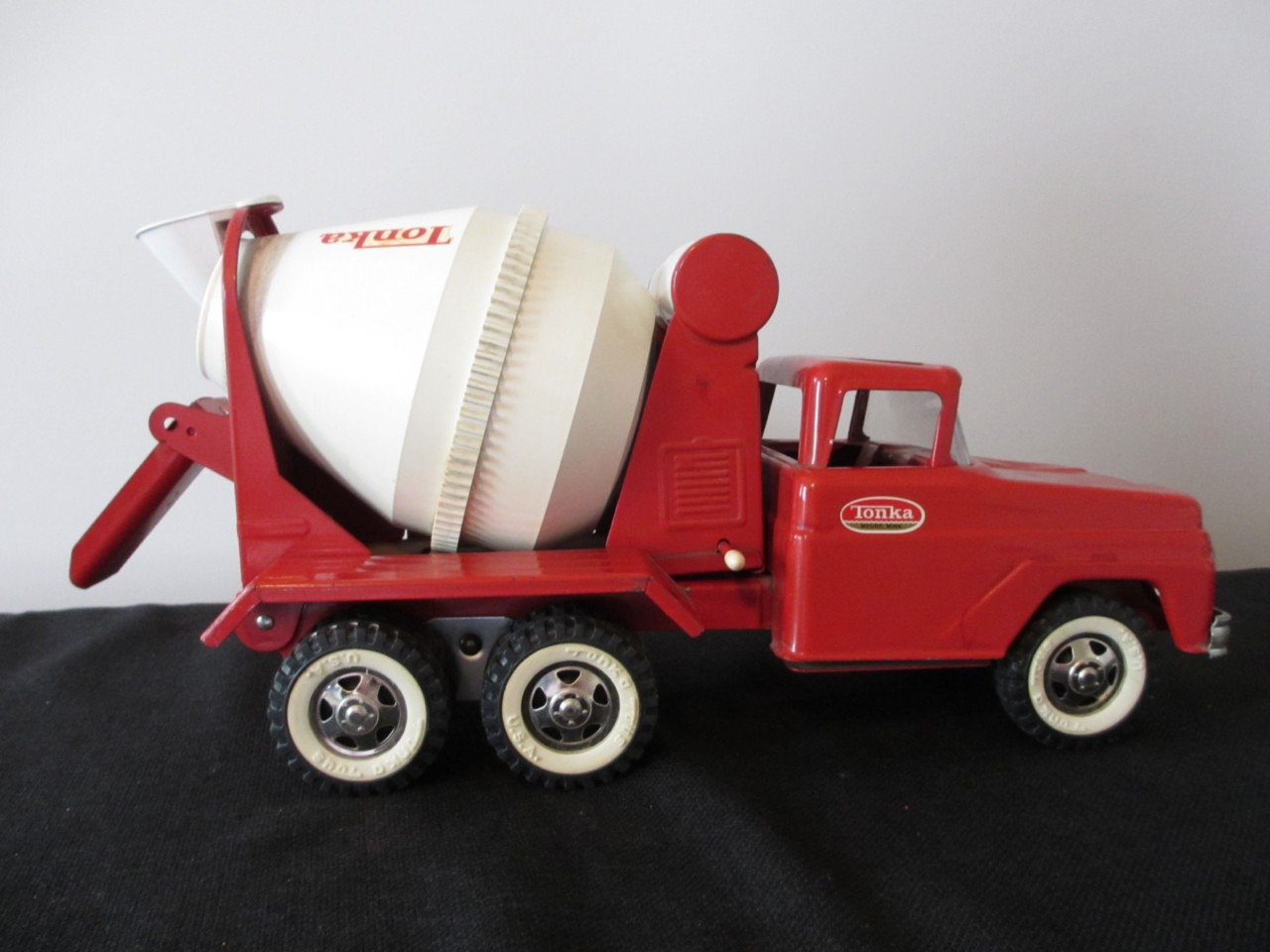 Mixer Truck Toy : Vintage tonka concrete cement mixer delivery toy truck