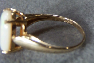 WOW ANTIQUE 10 K YELLOW GOLD HUGE OVAL OPAL RING 8