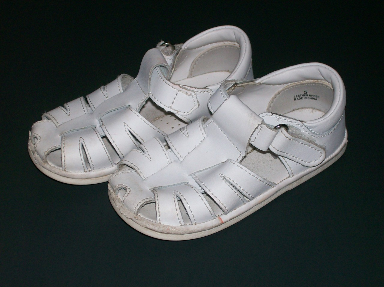 L AMOUR ANGEL BABY WALKING SHOES WHITE SANDALS SZ 5
