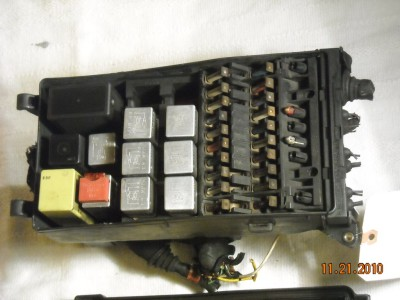 oem fuse box relay block mercedes w126 380sec 1983 126 540 00 82 08 7143 60
