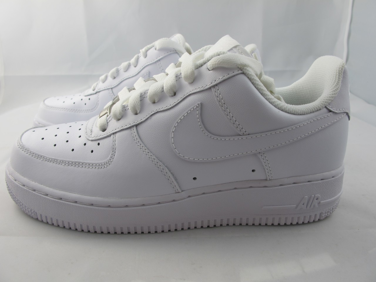 buy online fcf30 3cd52 girls white nike air forces