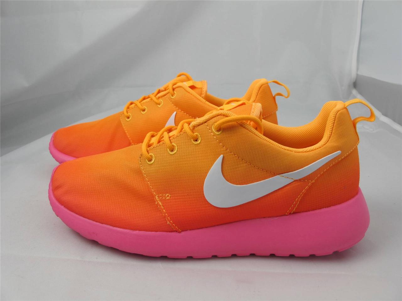roshe run orange and pink