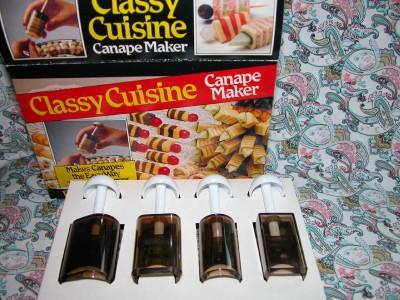 Vintage classy cuisine canape maker classy cutter for Classy cuisine canape maker