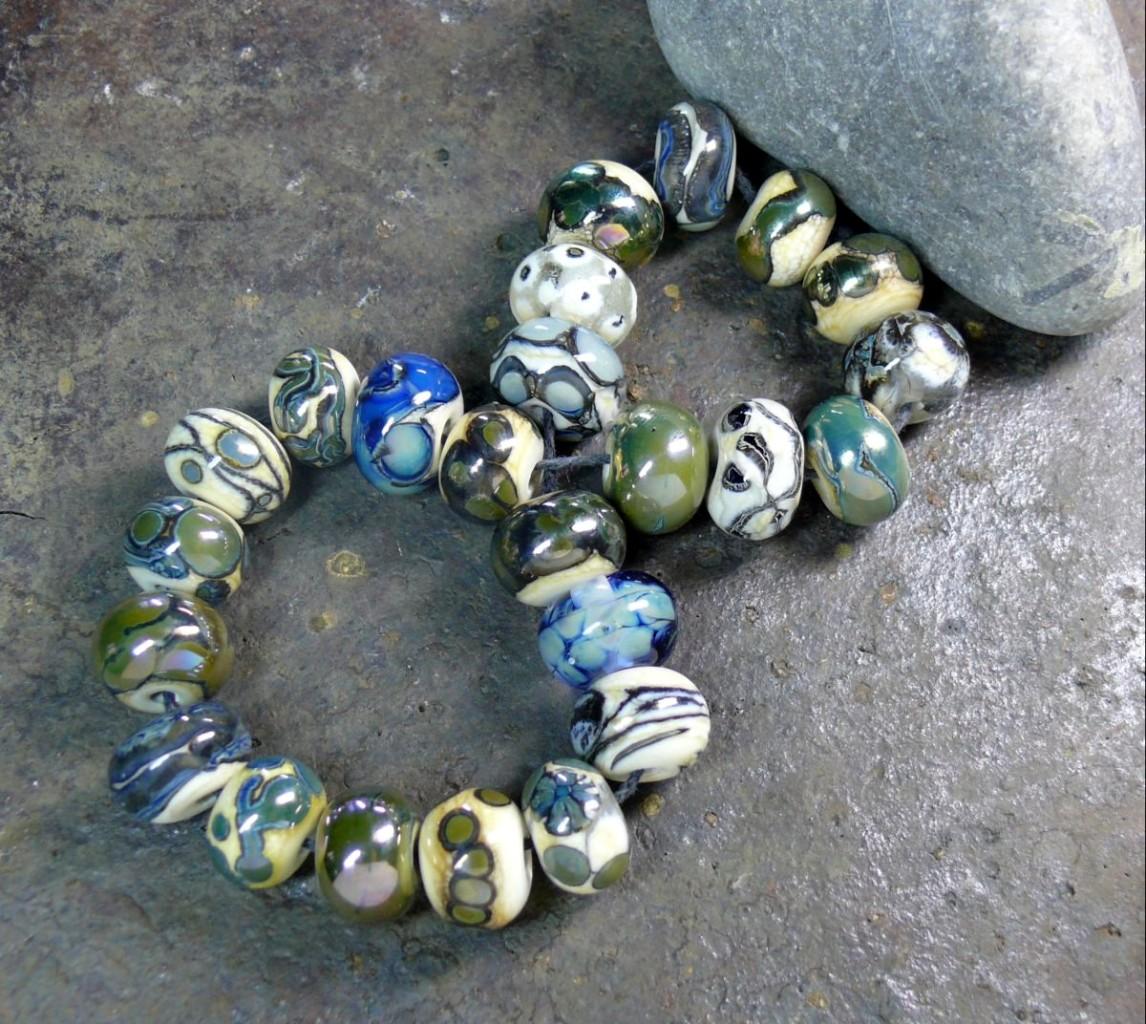 Glass-Artisan-Lampwork-Beads-034-Midnight-Dream-034