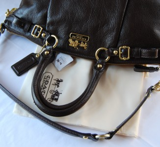 classic coach bags outlet  classic and sleek coach