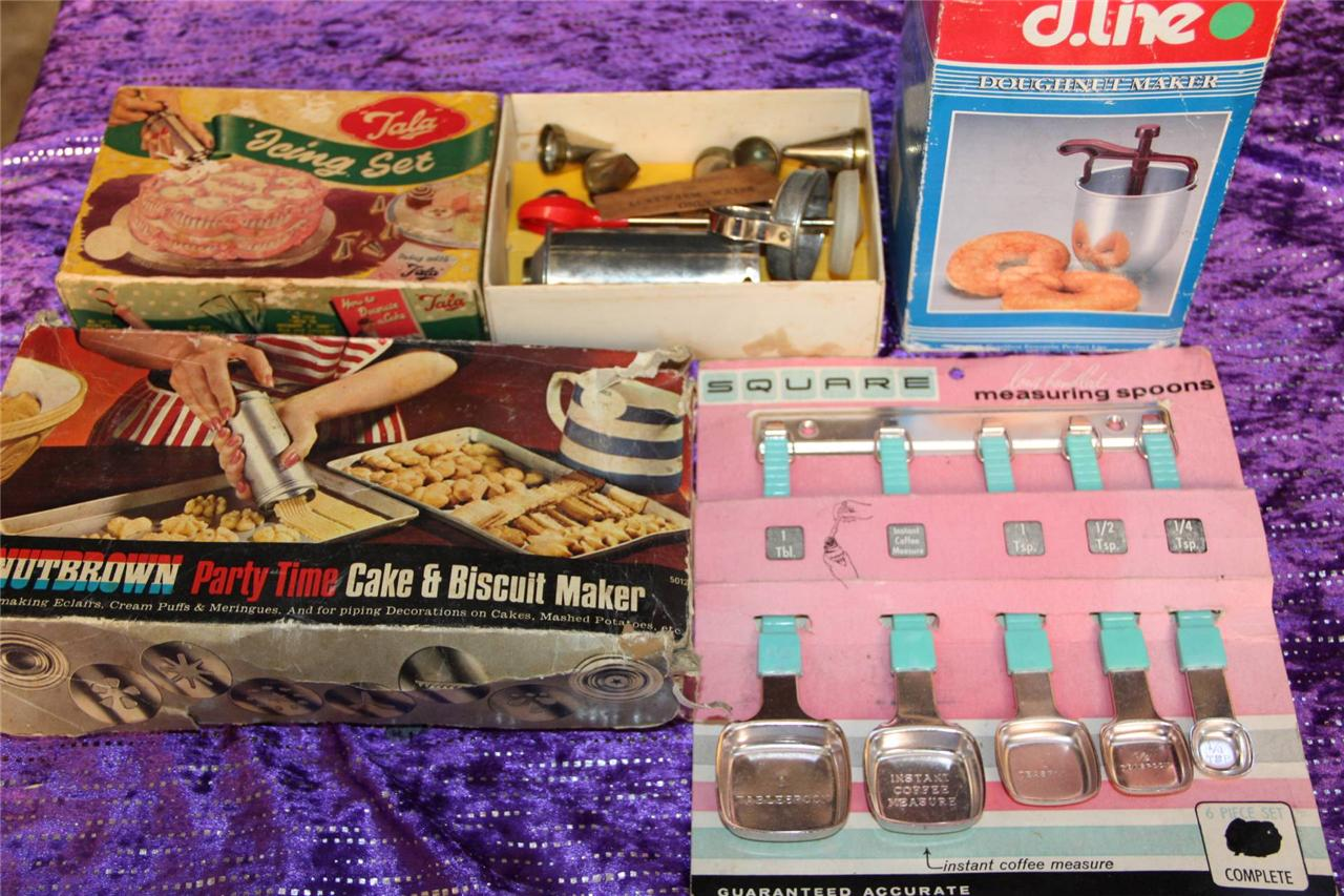 Vintage kitchen sets icing set cake biscuit set spoons for Kitchen set cake