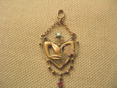 Victorian 9ct Gold Art Nouveau Gem Set Heart Pendant
