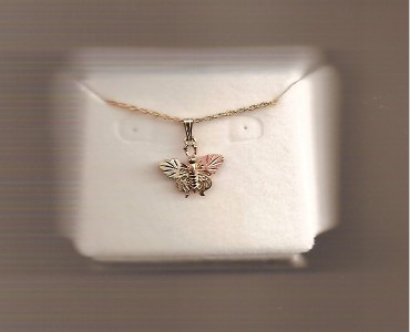 Whitakers-Black-Hills-Gold-Butterfly-Necklace-Pendant