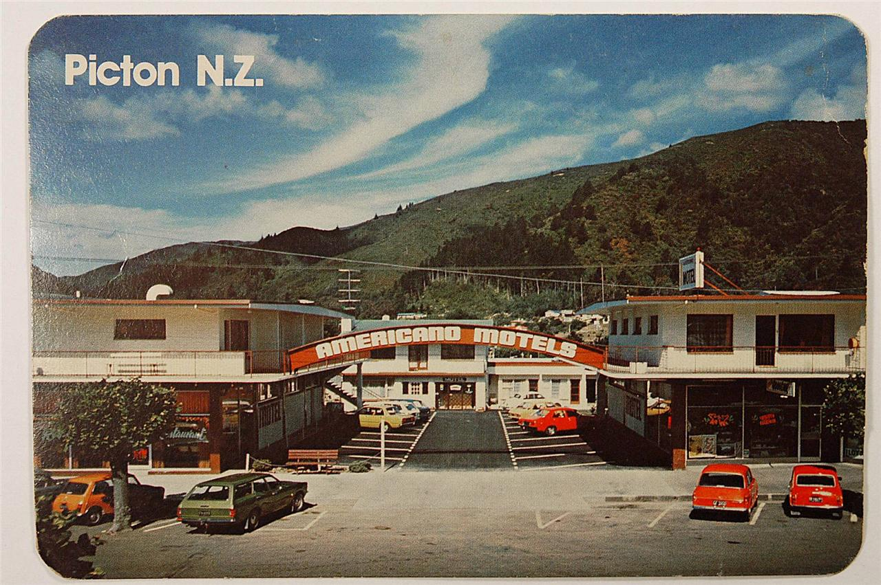 NEW-ZEALAND-PICTON-AMERICANO-MOTEL-VINTAGE-POSTACRD-Picton-NZ-c1970s