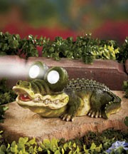 Solar powered turtle or alligator outdoor led lighting for Alligator lawn decoration