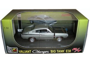 Valiant-Charger-Big-Tank-E38-RT-1-32-Ltd-Edition-Silver