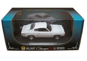NEW-Valiant-Charger-XL-VJ-Series-1-32-Ltd-Edition-White