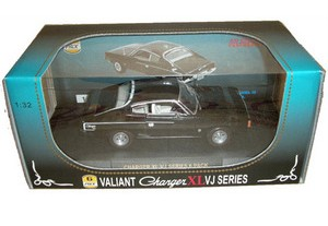 NEW-Valiant-Charger-XL-VJ-Series-1-32-Ltd-Edition-Black