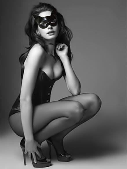 Fake Anne Hathaway Catwoman Costume Picture 1
