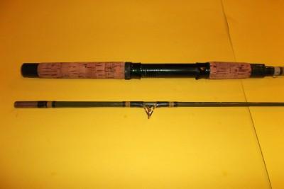 Vintage fishing rod garcia conolon 8212 a fiberglass 6 1 2 for Vintage garcia fishing rods