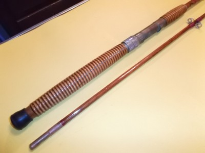 Vintage bamboo fishing rod montague somers point saltwater for Montague fishing rod