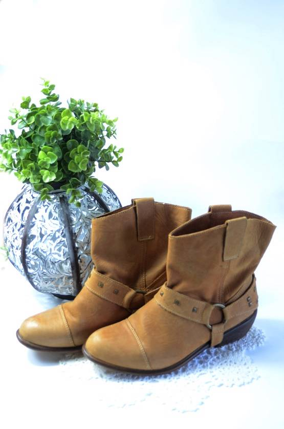 ROC-Leather-COWBOY-GIRL-Ankle-BOOTS-Shoes-STUDDED-Strap-Womens-Winter-Clothing