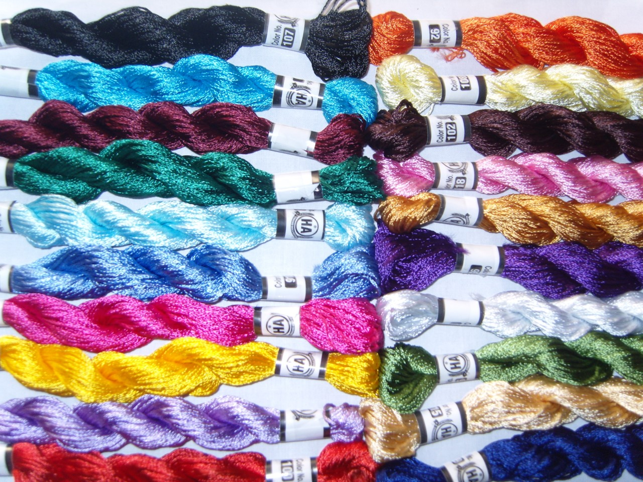20 New 100 SILK Hand Embroidery Thread Skein 20