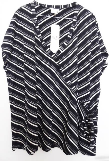 AUTOGRAPH-1626-Gorgeous-Black-White-TOP-Sz-26-BNWT