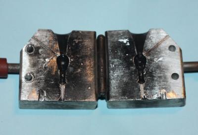 how to make custom jig molds