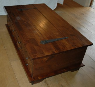 Laura ashley garrat 12 drawer coffee table chest ebay for Coffee tables laura ashley